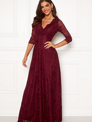 Chiara Forthi Riveria Lace Gown Wine-red