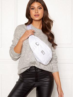 New Era vit väska Ne Waist Bag Light