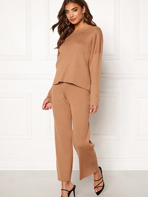 Bubbleroom beige byxor Marah knitted trousers