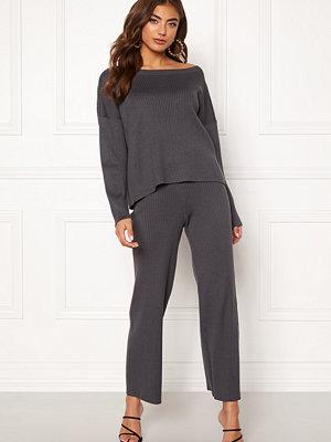 Bubbleroom mörkgrå byxor Marah knitted trousers