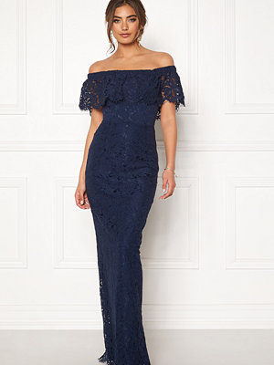 Moments New York Rose Lace Gown
