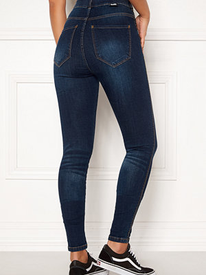 Dr. Denim Moxy Jeans
