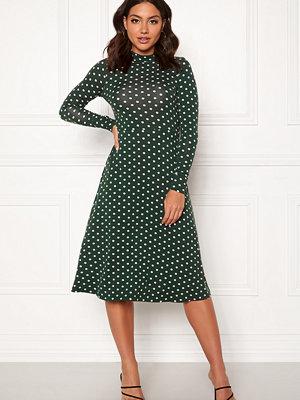 Happy Holly Miriana dress
