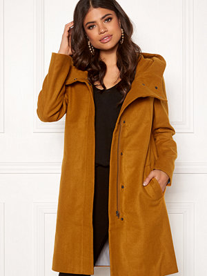 Object Susan Coat