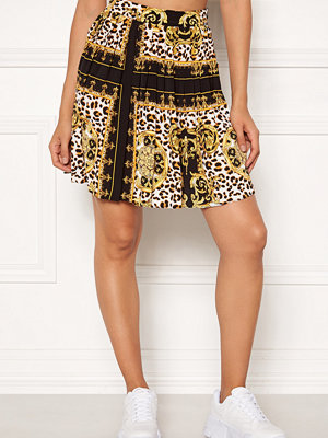 Rut & Circle Nicole Pleated Skirt