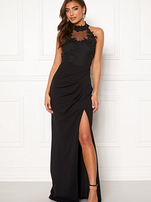 Moments New York Iris Drape Gown