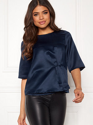 Happy Holly Pamela satin top