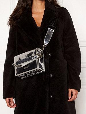 Steve Madden Story Handbag