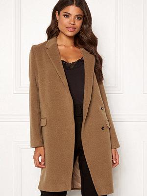 Dagmar Anissa Coat