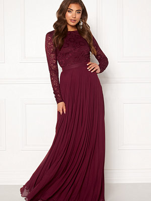 Moments New York Zaria Pleated Gown