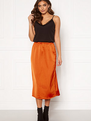 Only Mania Midi Skirt Rust