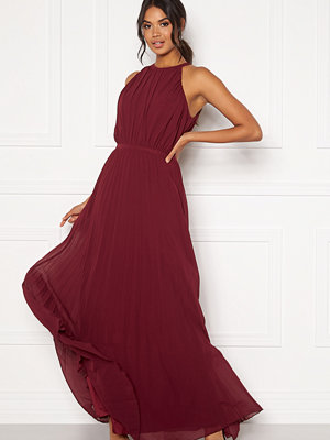 Chi Chi London Aida Pleated Maxi Dress