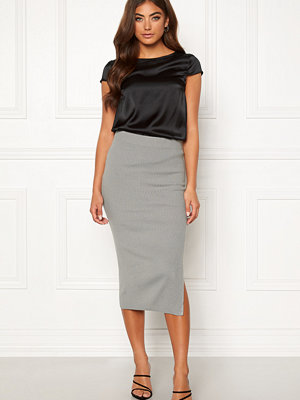Moa Mattsson X Bubbleroom Midi knitted skirt