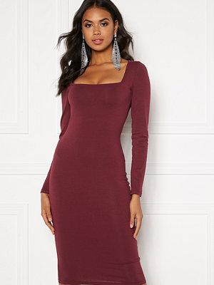 Bubbleroom Effie midi dress Wine-red