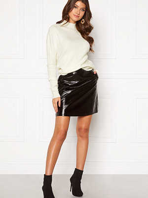 Only Bella Faux Leather Skirt