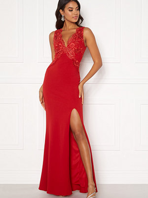 Moments New York Isabella Lace Gown