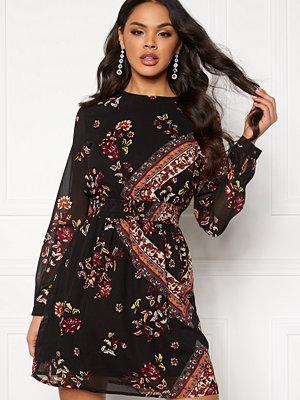 Only Nina L/S Short Dress