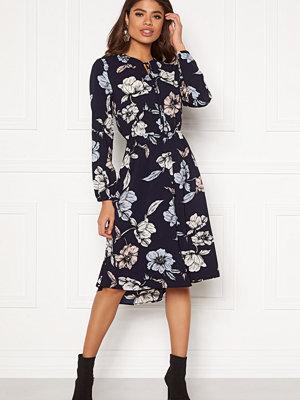 Only Nova Lux Miranda Dress