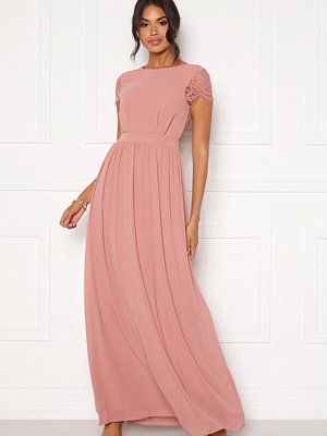 Moments New York Camellia Chiffon Gown