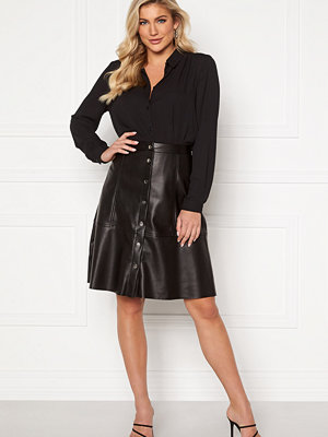 Jacqueline de Yong Hill Button PU Skirt Black