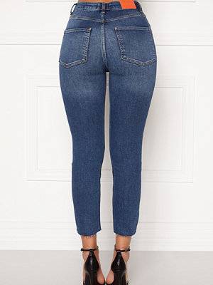 the ODENIM O-Crop Jeans