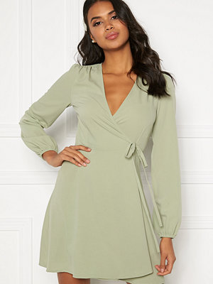 Bubbleroom Leila wrap dress