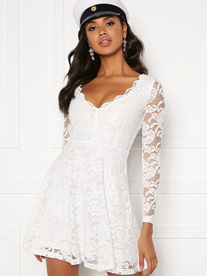Bubbleroom Shione lace dress