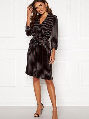 Happy Holly Thea shirt dress Black / Striped