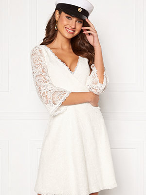 Chiara Forthi Heaven wrap lace dress White