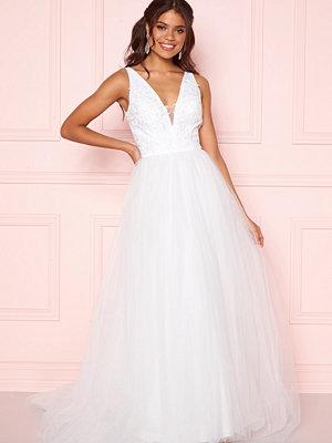 Chi Chi London Tremaine Lace Dress