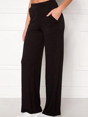 Bubbleroom svarta byxor Alanya trousers Black