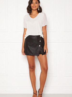 Only Liva Faux Leather Shorts