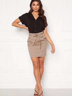 Vero Moda Eva Paperbag Skirt