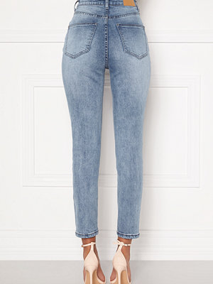 Sandra Willer X Bubbleroom Slim fit mom jeans
