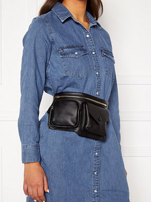 Only svart väska Una Pocket Bumbag