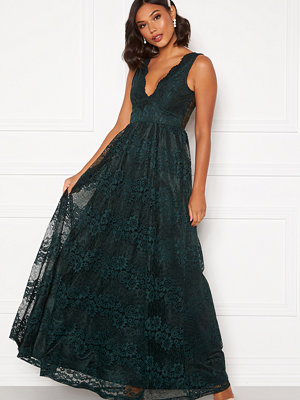 Moments New York Ella Lace Gown