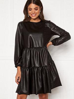 Pieces Hannah LS Dress Black