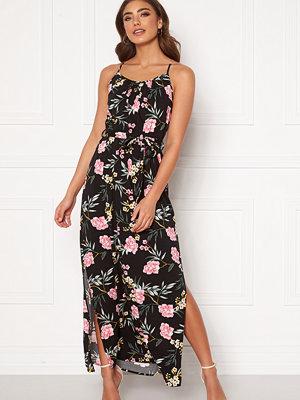 Vero Moda Simply Easy Slit Maxi Dress