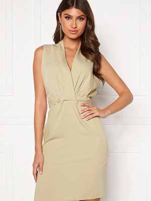 Bubbleroom Leighton dress Beige
