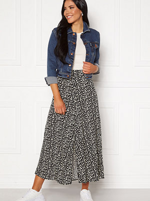 Only Davie Midi Skirt