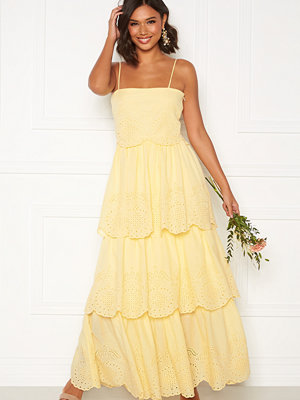 Moments New York Vera frill gown Light yellow