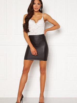 Pieces New Shiny HW Skirt Black