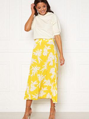 Only Alma Life Plisse Skirt