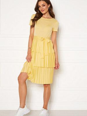 Bubbleroom Alea dress Yellow