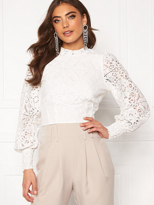 Alexandra Nilsson X Bubbleroom Lace balloon sleeve top White