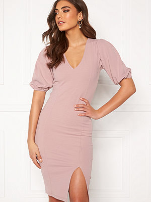 Alexandra Nilsson X Bubbleroom Deep neck puff sleeve dress Dusty lilac