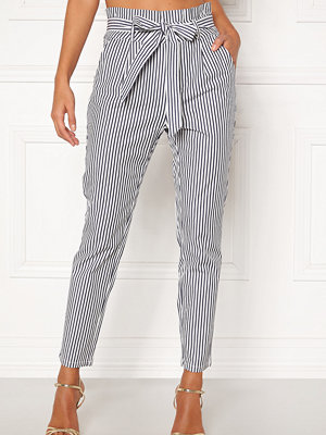 Vero Moda grå randiga byxor Eva Loose Paperbag Pants