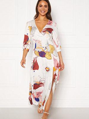 Object Amira 3/4 Long Dress