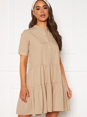 Vero Moda Delta 2/4 Dress Nomad