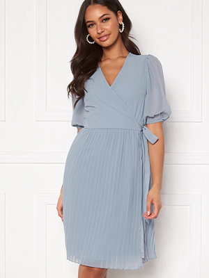 Bubbleroom Sinja puff sleeve dress